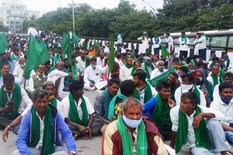 Farmers protesting in Bengaluru