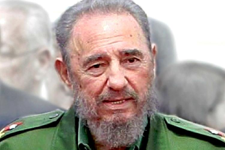 India mourns the loss of a great friend says Modi as tributes pour in for Fidel Castro