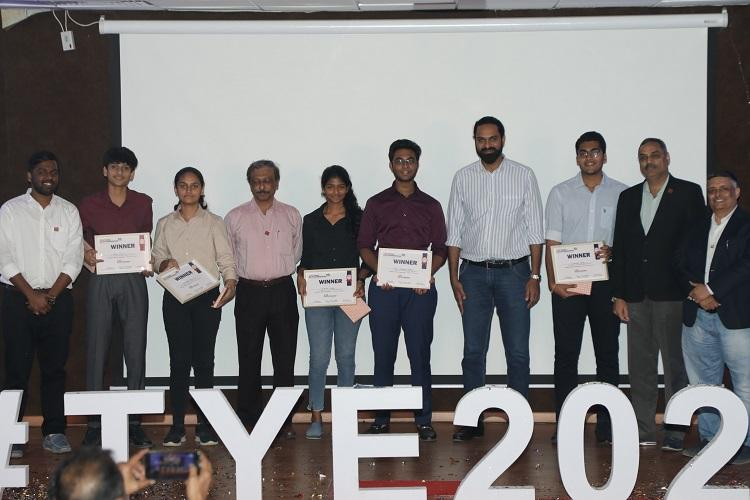 Hyderabad student team Findr wins TiE Young Entrepreneurs contest