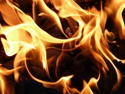 Woman sets husband ablaze in Tamil Nadu after quarrel