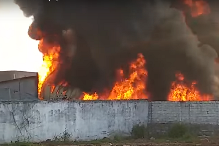 Fire engulfs Hyderabad plastic factory goods worth lakhs destroyed