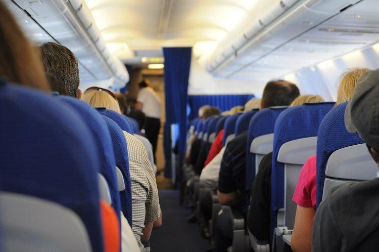 Woman live-tweets about alleged on-flight sexual harassment exposes faulty reporting process