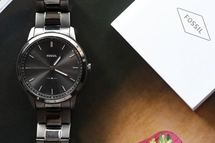 Fossil sells its smartwatch technology to Google for 40 million