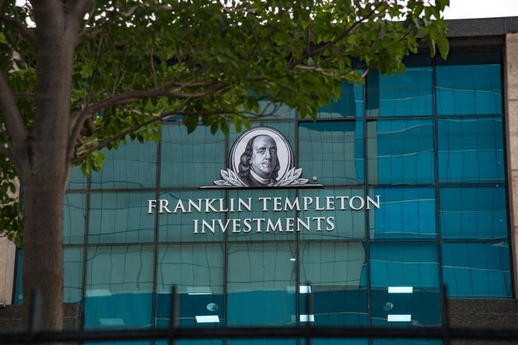 SC tells Franklin Templeton to meet investors in a week seek consent to shut 6 schemes