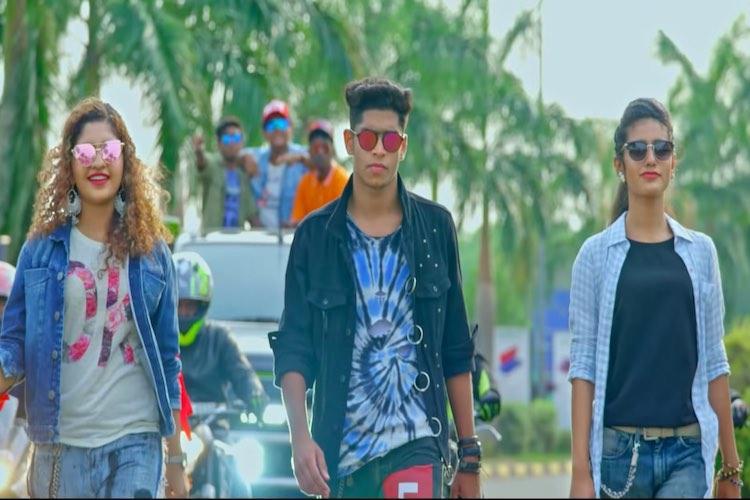 Tamil new clip of desi bhabhi riding ontop of hubby hot fuck mms clip video - 4 6