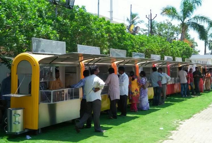 Chennai Corporation to procure 900 smart carts for vendors along Marina