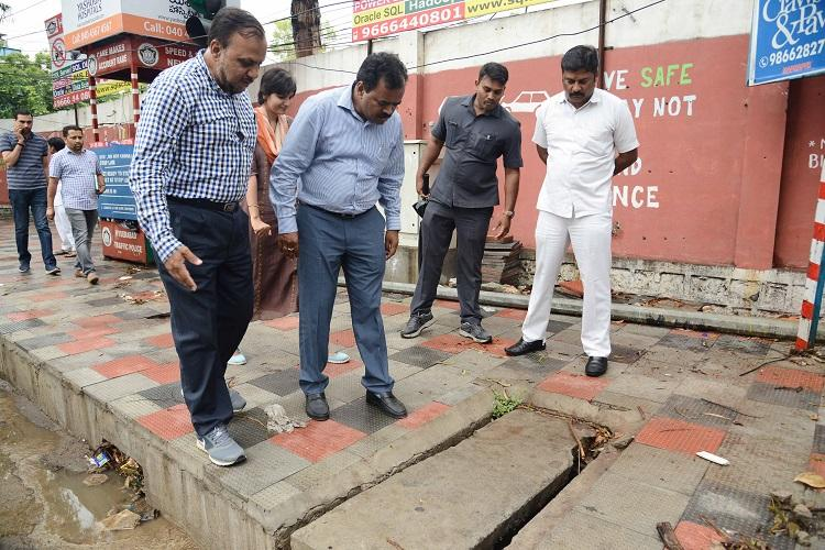 Monsoon in Hyd GHMC conducts review meet identifies 160 inundation points to tackle