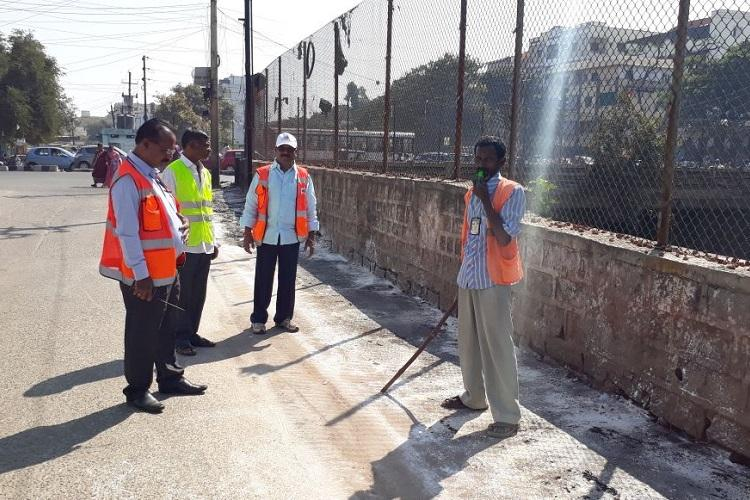 To tackle public urination in Hyderabad GHMC deploys whistleblowers