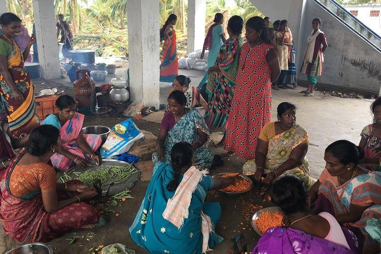 In Thiruvarur and Nagapattinam villagers angry with govt response after Gaja