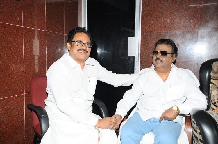 Congress woos DMDK Thirunavukkarasar meets Vijayakant in Chennai