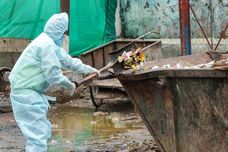 Waste piles up in home quarantines for COVID prevention in Kerala with no clear protocol on disposal