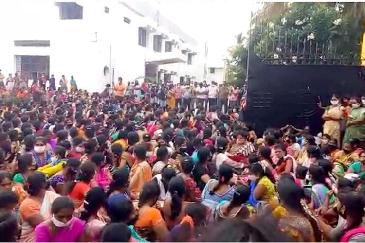 1300 garment factory workers in Karnataka lose their jobs overnight