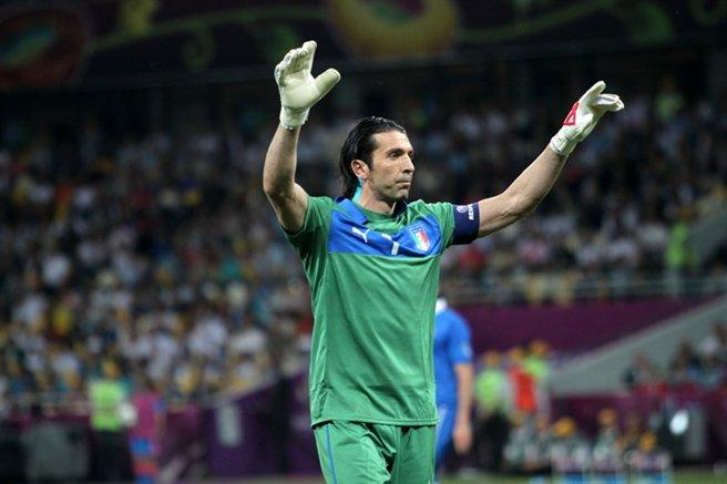 Buffon ends career as Italy fail to qualify for FIFA World Cup