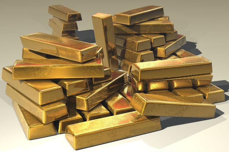 Gold worth Rs 1 crore being smuggled seized at Cochin airport 2 arrested