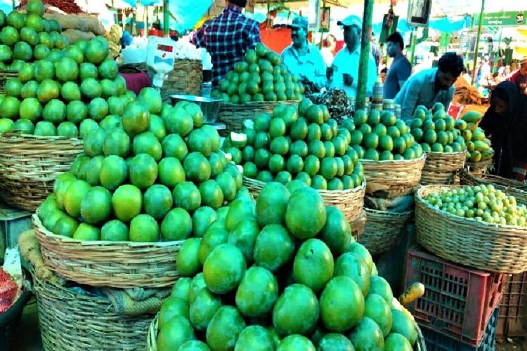 Raid in Hyds Kothapet fruit market reveals use of harmful powder to ripen fruits