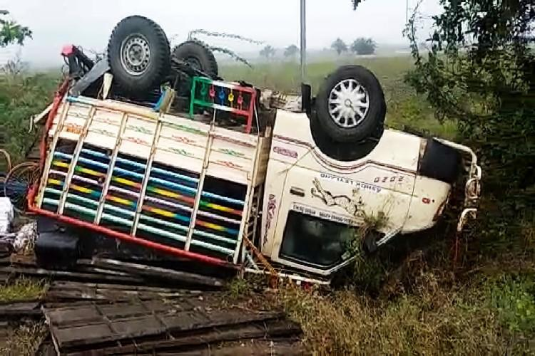 Six killed in Andhra road accident as mini-truck rams into share auto