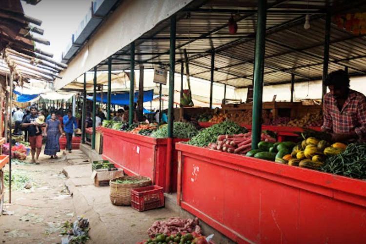 Vegetable sellers in HAL Market Bengaluru