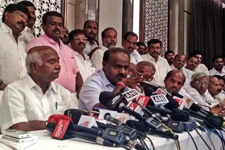 BJP offered JDS MLAs Rs 100 crore and cabinet berths Kumaraswamy slams PM Modi
