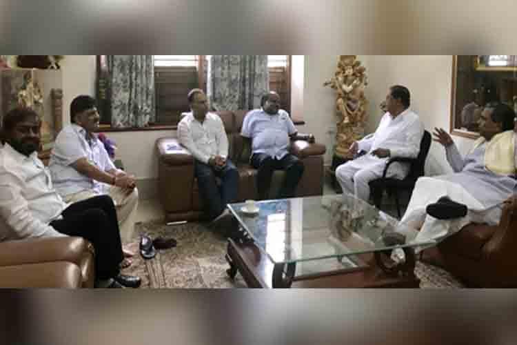 Think before speaking Siddaramaiah warns Ktaka CM on spat with BJP