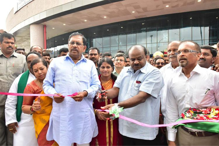 Its about time Bengalurus Majestic metro and bus stand gets connected