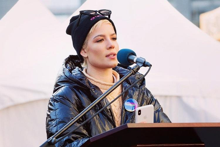 Singer Halseys speech at the womens march in NY is a war cry that was long overdue