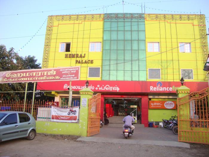 Wedding day woe turns bonanza Marriage hall asked to pay 13 lakh for double-booking