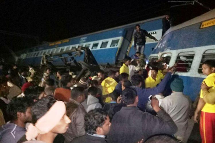 Many dead several injured as seven coaches of Hirakhand Express derails in Andhra