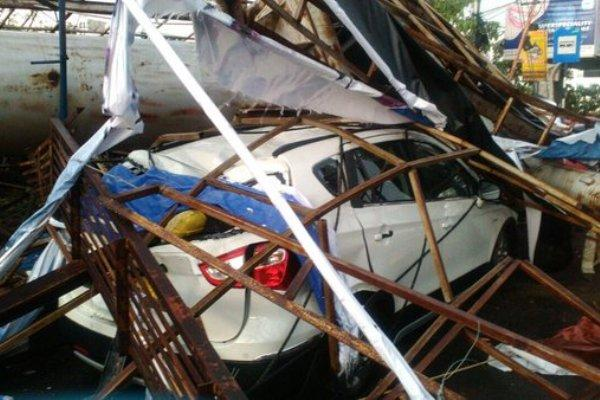 Two dead as heavy rains lash Hyderabad strong winds damage property