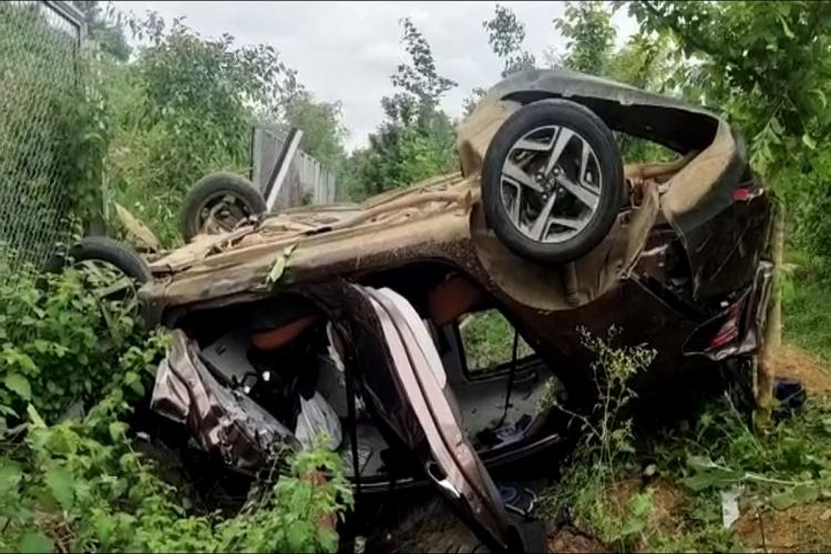 Family of five has narrow escape after car overturns along Hyderabads ORR
