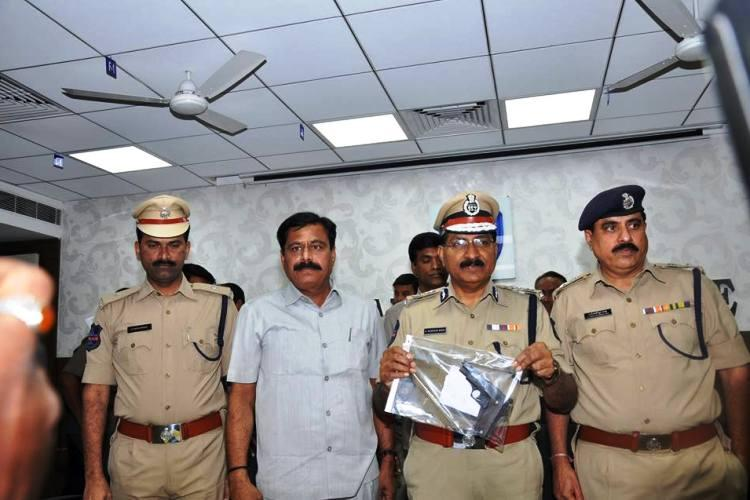 Hyderabad police crack case of firing on bank CEO three arrested