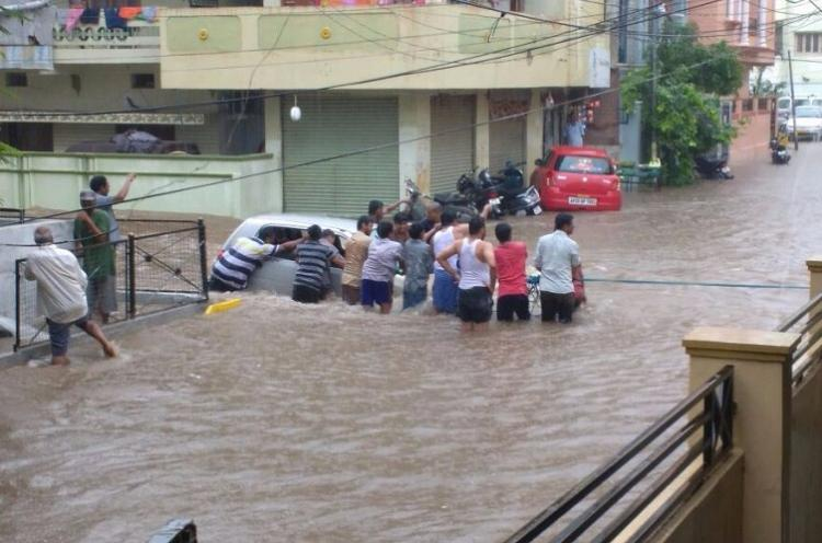 7 killed in Hyderabad building collapses as heavy rains lash the city