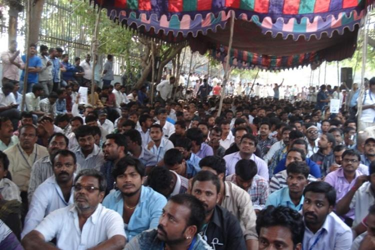 Several protesting Ola Uber cab drivers detained in Hyderabad as police foil indefinite fast