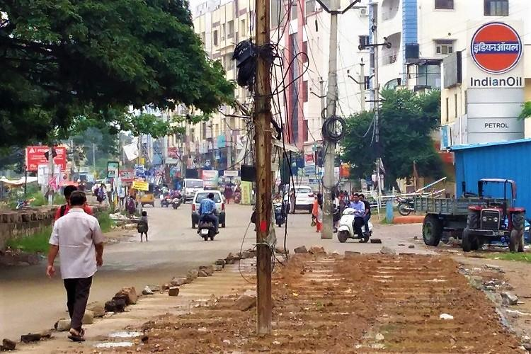 Authorities widen Hyd road but leave electric pole in middle public unhappy