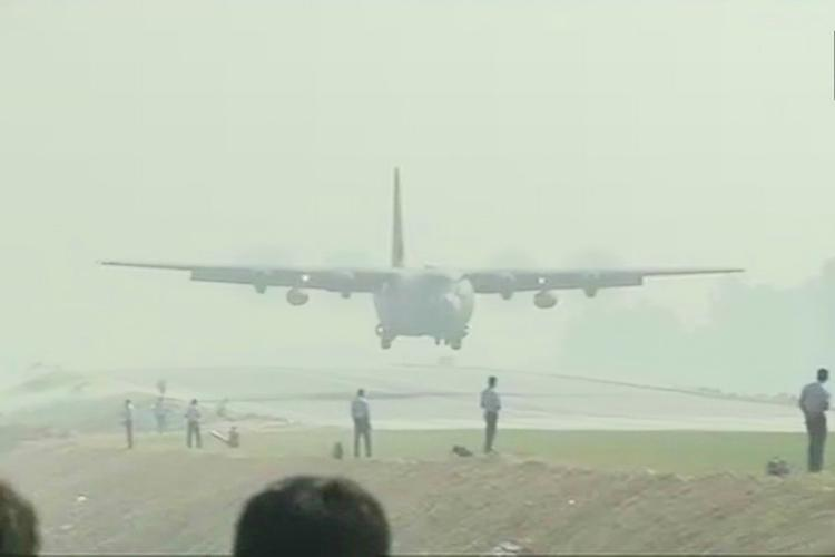 IAF jets carry out emergency landing drill on Agra-Lucknow Expressway
