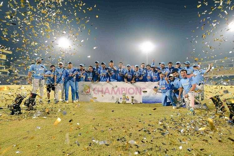 India bowl out Sri Lanka to clinch U-19 Asia Cup