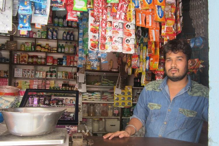 Adapting to cash crunch This Hyd kirana store uses WiFi to tide over demonetisation woes