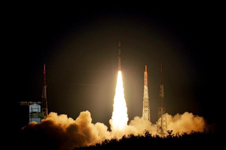 Indias PSLV rocket successfully puts two UK satellites in orbit