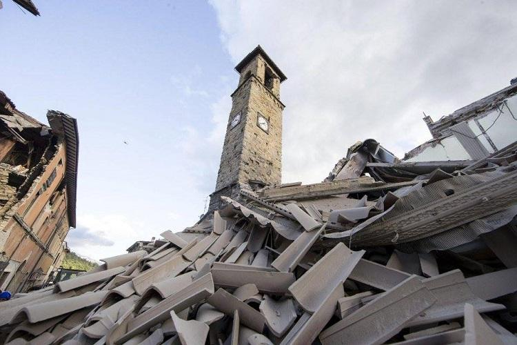 Italy spends the night picking up the pieces after three earthquakes