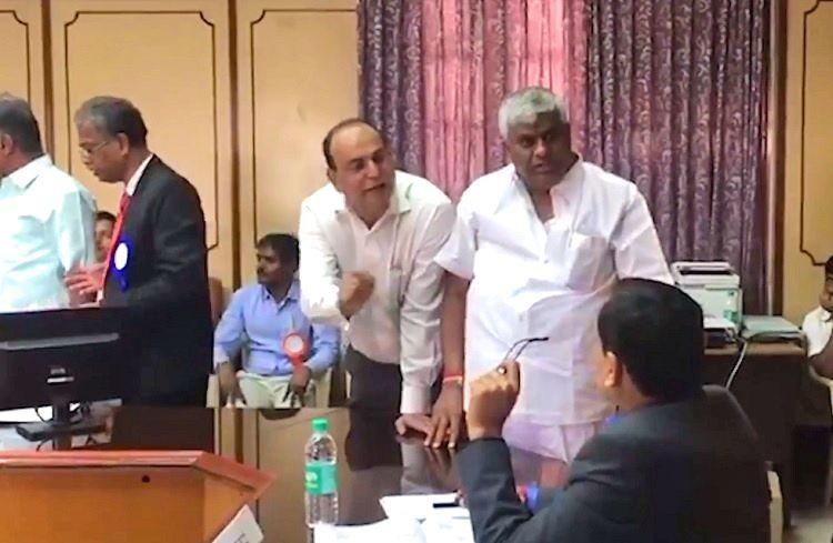 Rajya Sabha polls JDS accuses Ktaka returning officer of favouring Congress