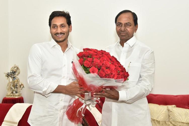 Jagan meets KCR in Hyderabad CMs discuss inter-state issues