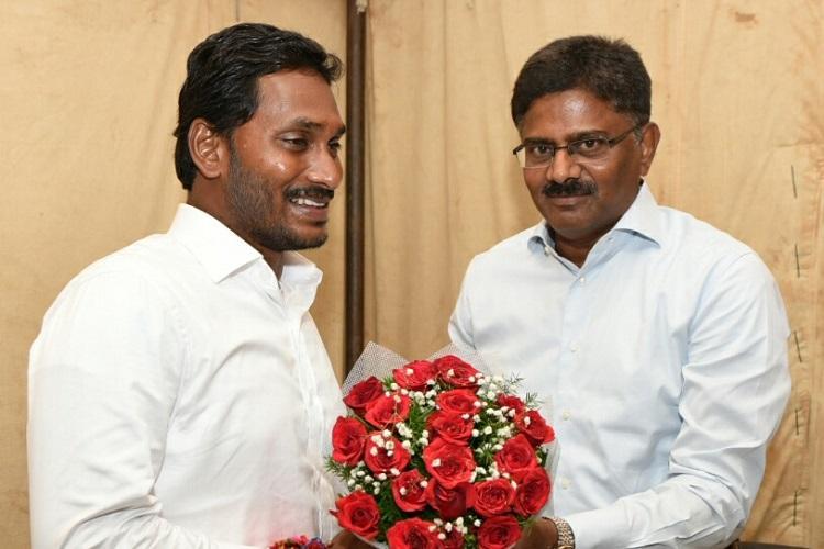 Ex-Andhra DGP Sambasiva Rao meets Jagan sparks speculation of joining YSRCP