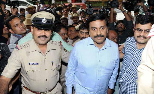 Apex court nixes permission to G Janardhan Reddy to campaign in Bellary