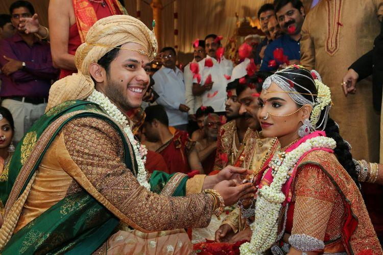 At Janardhana Reddy daughters wedding a thriving cash economy in old notes