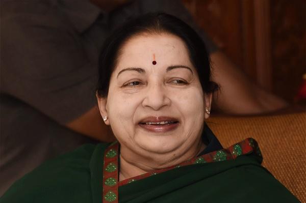Jayalalithaa asks PM Modi to ensure Thiruvalluvar statue is treated with respect installed soon