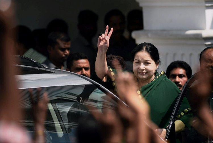 EC notice to AIADMK and DMK Explain how you will fulfill promises in manifesto
