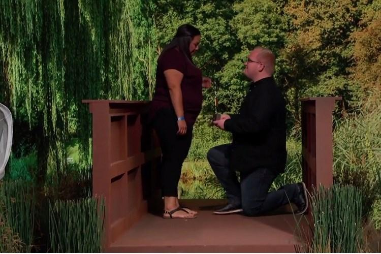 Watch Jimmy Kimmel helps recreate proposal after man loses 3000 ring the first time