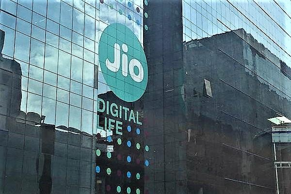 Jios data usage hits 864 crore GB in 3 months total subscriber base crosses 280 mn