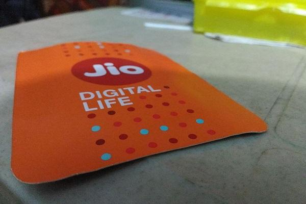 Reliance Jio offers this festive season Now get maximum cashback on Rs 399 recharge
