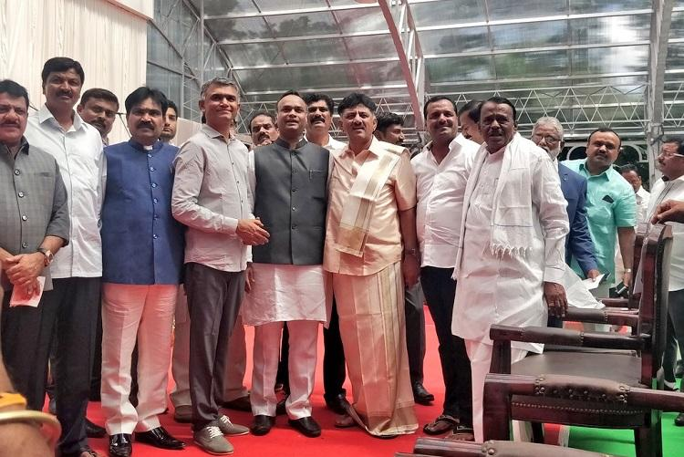 Karnataka cabinet expansion 23 MLAs of Cong-JDS coalition take oath as ministers