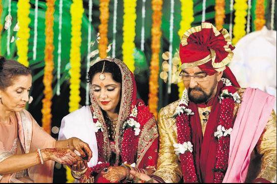 Kabir Bedi slams daughter Pooja over venomous comment